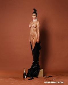 kim_kardashian_naked_01