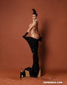 kim_kardashian_naked_02
